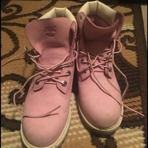 Baby pink Timberland boots (tween size 6)